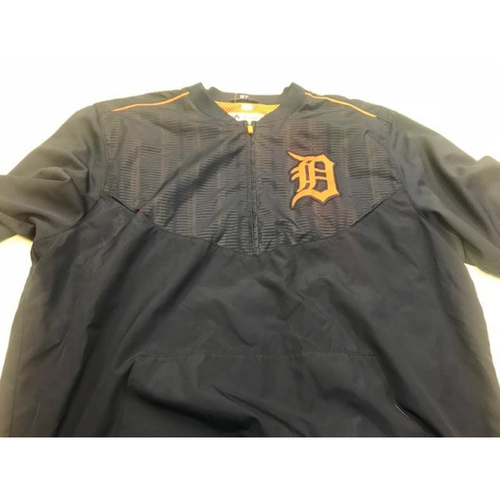 Photo of 2015 Team-Issued #97 Road Batting Practice Jacket