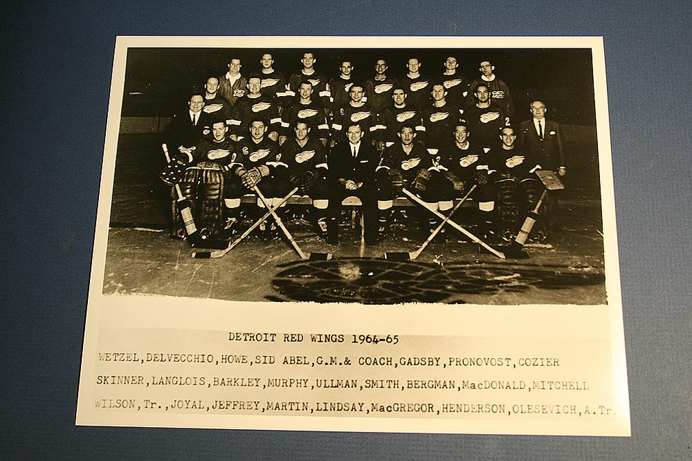 VINTAGE Detroit Red Wings 1964-1965 Team Photo