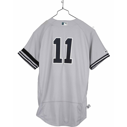 Photo of Brett Gardner New York Yankees Game-Used #11 Gray Jersey vs. Kansas City Royals on May 26, 2019 - Size 44