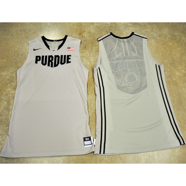 Photo of 2011-12 Grey Nike Men's Basketball Jersey // Size 52