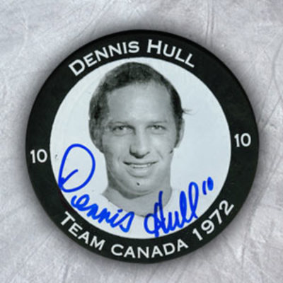 DENNIS HULL Autographed 1972 Team Canada Summt Series Player Puck