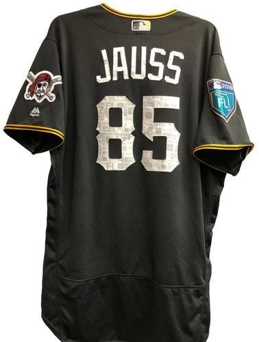Photo of Dave Jauss Game-Used 2018 Spring Training Jersey
