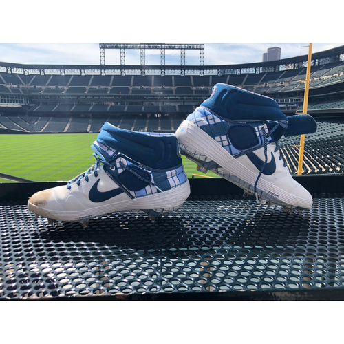Photo of Colorado Rockies Foundation Game-Used Father's Day Cleats - Antonio Senzatela - June 16, 2019 vs. Padres