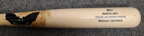 Photo of Authenticated Game Used Cracked Bat - Vladimir Guerrero Jr. force out against Jesse Chavez (May 5, 2019). Top 9. Teoscar Hernandez Name on Bat