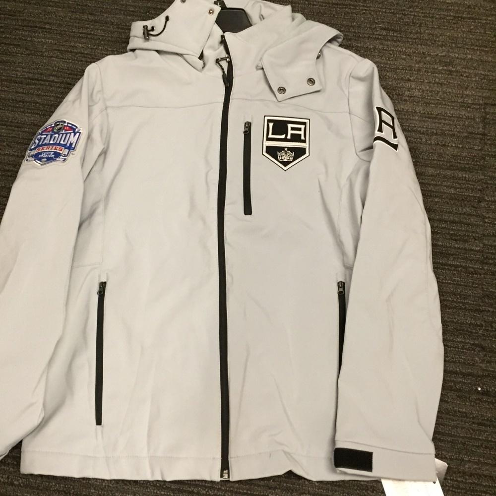 2015 NHL Stadium Series Los Angeles Kings team issued Reebok Apparel