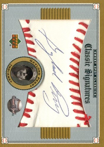 Photo of 2002 Sweet Spot Classics Signatures #SGP Gaylord Perry