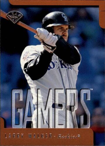 Photo of 1997 Leaf #385 Larry Walker GM