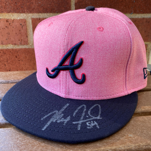 Max Fried MLB Authenticated Autographed Breast Cancer Awareness Day (size 7) Hat