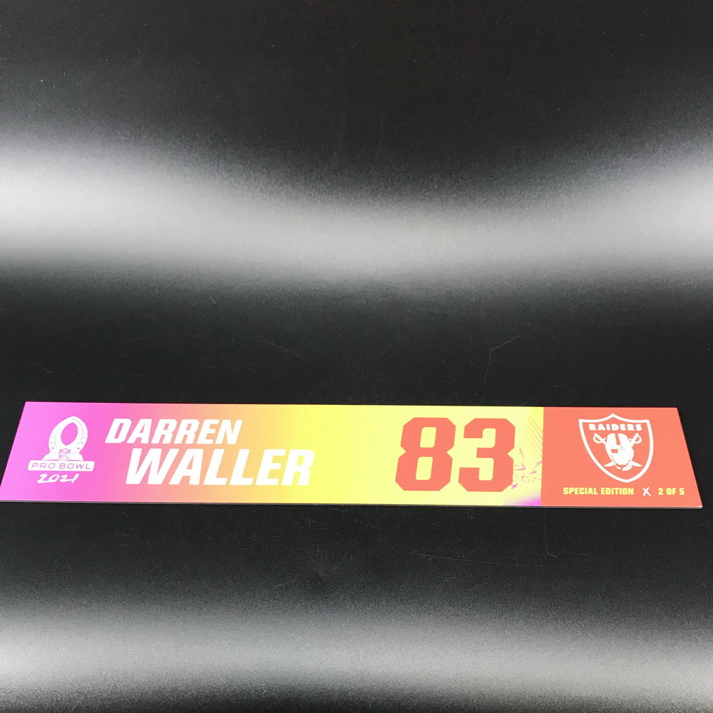 NFL - Raiders Darren Waller 2021 Pro Bowl Locker Nameplate Special Edition #2 of 5