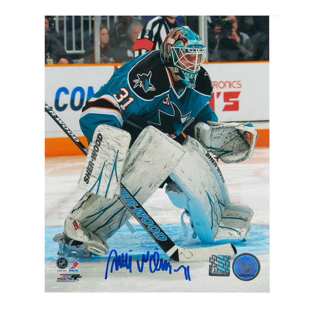 ANTTI NIEMI Signed San Jose Sharks 8 X 10 Photo - 70208