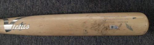 Photo of Authenticated Game Used Cracked Bat: Lourdes Gurriel Jr. Flies Out to LF against Diego Castillo (Aug 6, 19 vs TBR). Top 10.