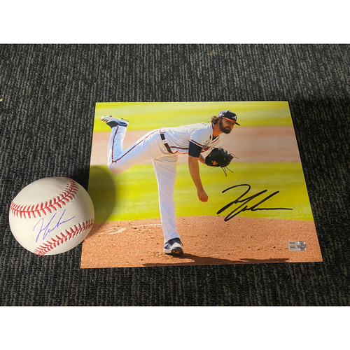 Photo of Ian Anderson MLB Authenticated Autographed Baseball and 8x10 Photo Combo