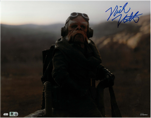 Nick Nolte As Kuiil 11x14 AUTOGRAPHED IN 'Blue' INK PHOTO