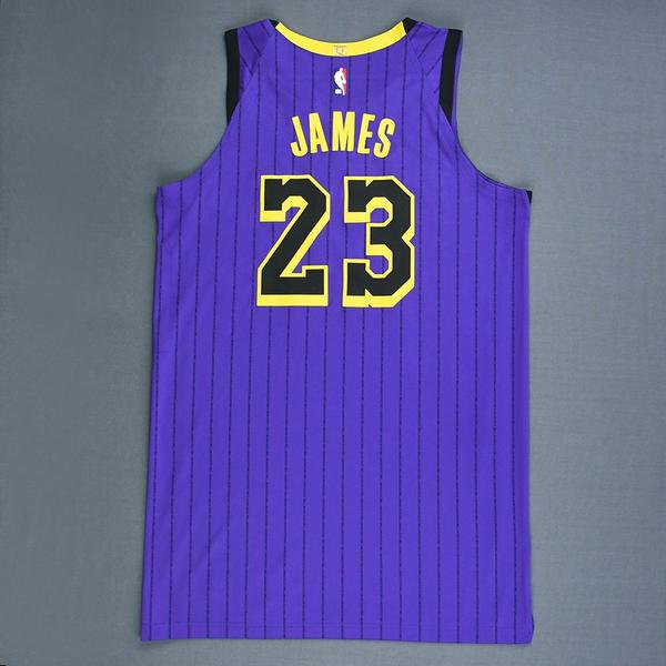 66c393a2d LeBron James - Los Angeles Lakers - Christmas Day  18 - Game-Worn ...