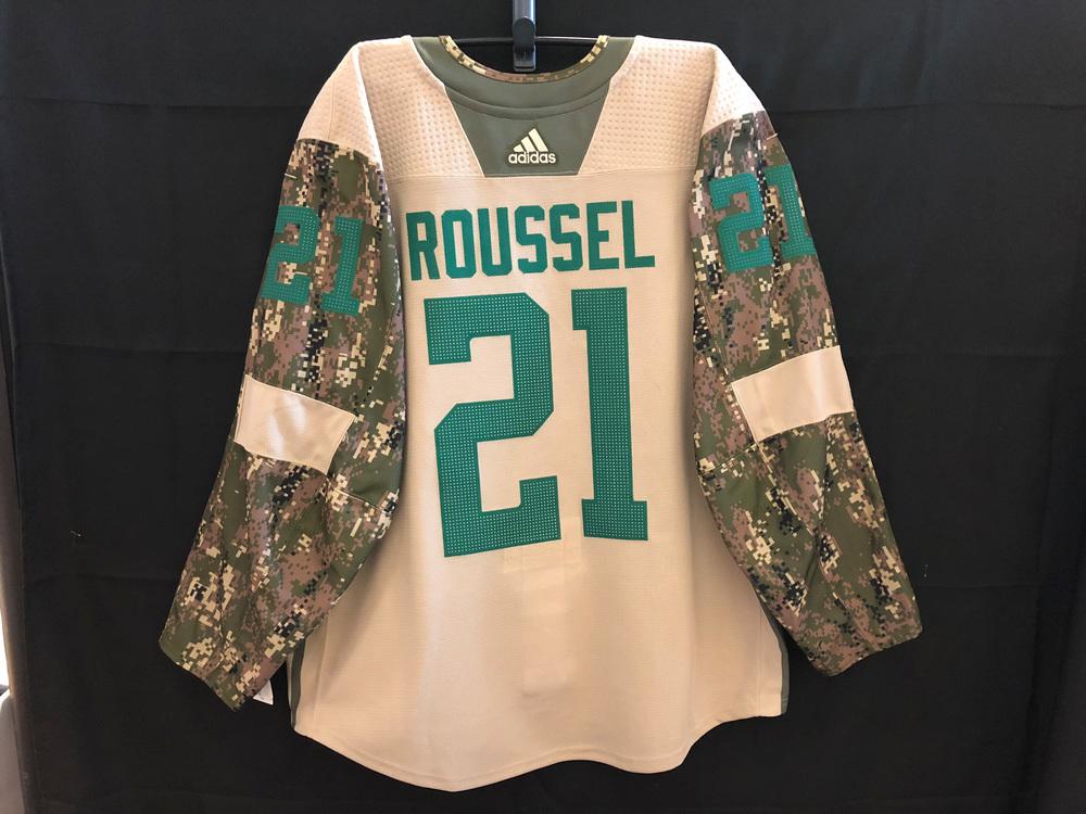 Antoine Roussel Dallas Stars Warm-Up Used Veterans Night Camo Jersey ... f572736939d