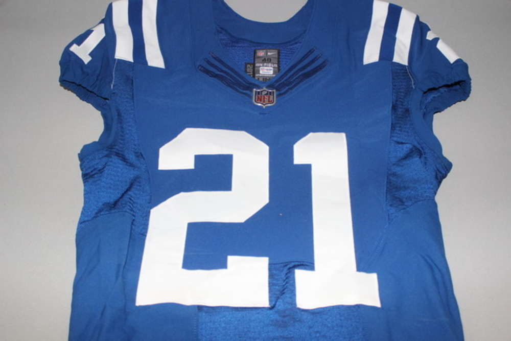 CRUCIAL CATCH - COLTS VONTAE DAVIS SIGNED AND GAME ISSUED COLTS JERSEY (OCTOBER 2017) SIZE 40
