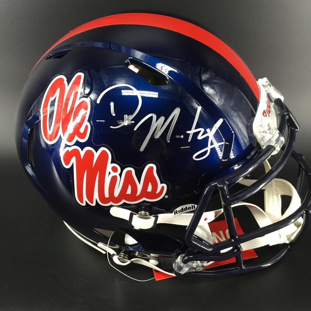NFL- Seahawks D.K. Metcalf Signed Ole Miss Riddell Speed Helmet