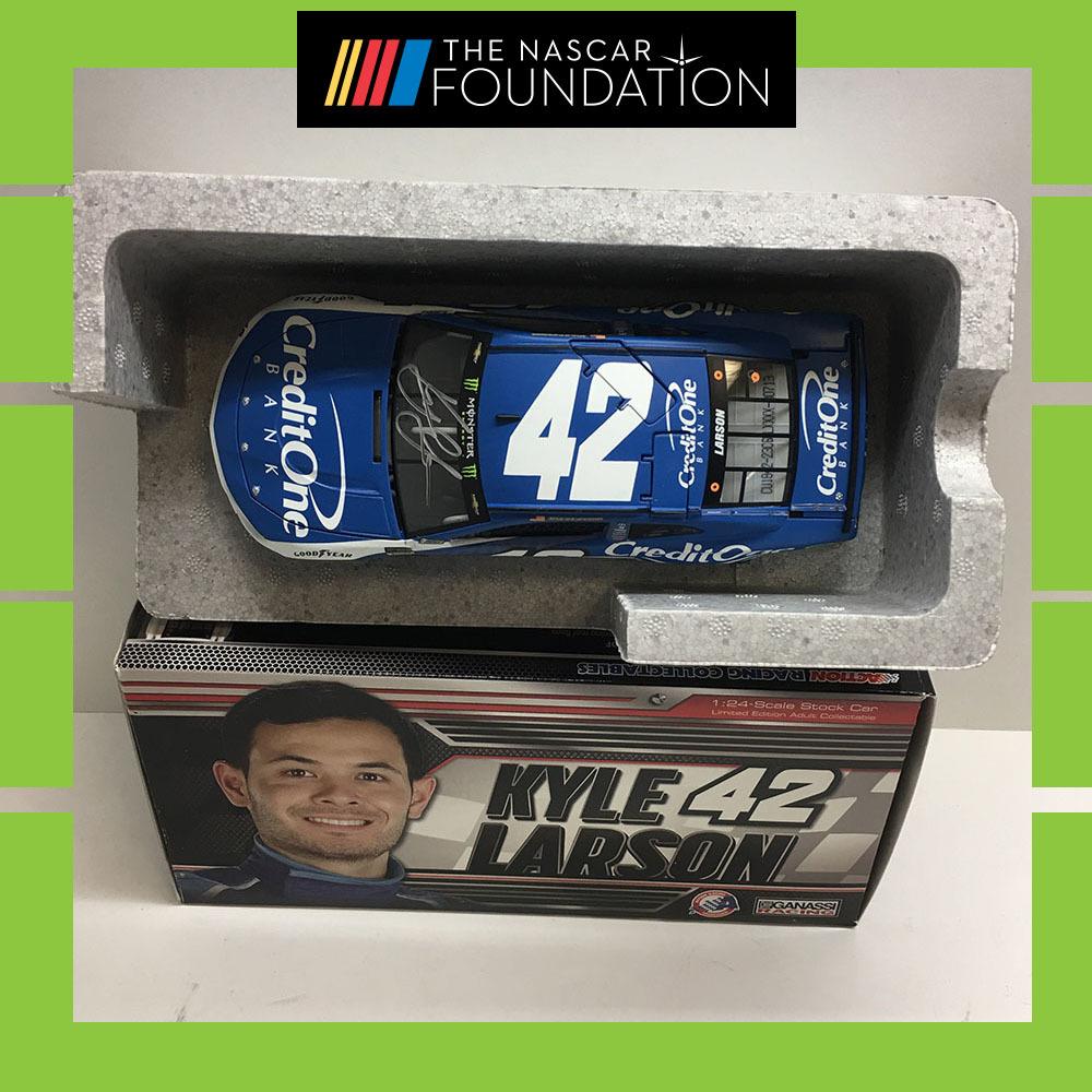 NASCAR's Kyle Larson autographed MENCS Credit One diecast!