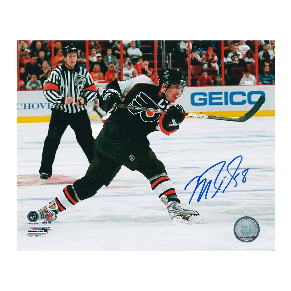 MIKE RICHARDS Signed Philadelphia Flyers 8 X 10 Photo - 70491