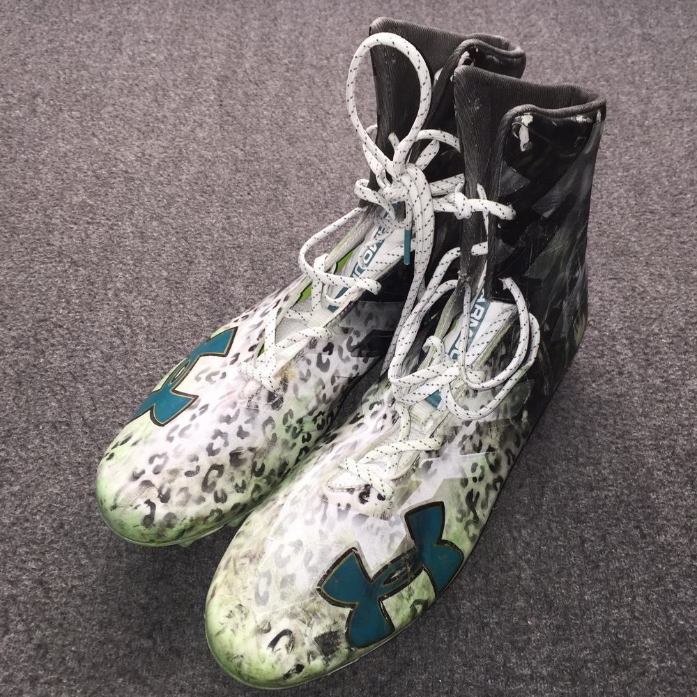 Jaguars - Leonard Fournette Game Used Cleats 2018