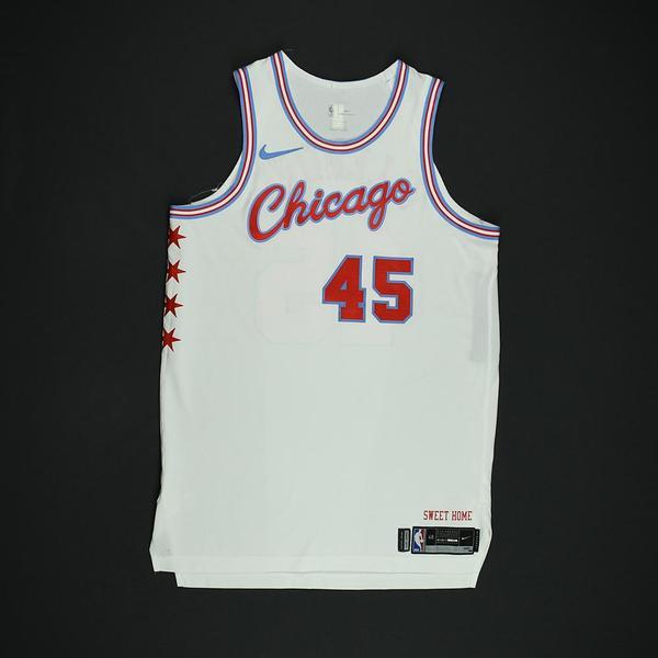 Denzel Valentine - Chicago Bulls - Game-Worn 'City' Jersey - 2017 ...