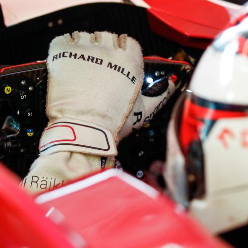 Photo of Kimi Raikkönen 2020 Framed Race-worn Gloves- Alfa Romeo Racing ORLEN