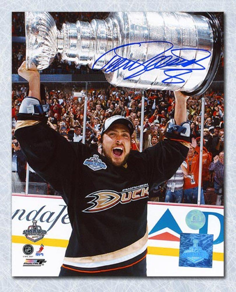 Teemu Selanne Anaheim Ducks Autographed 2007 Stanley Cup 8x10 Photo