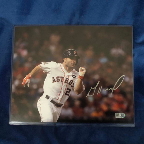 Photo of UMPS CARE AUCTION: Signed Photo of Jose Altuve