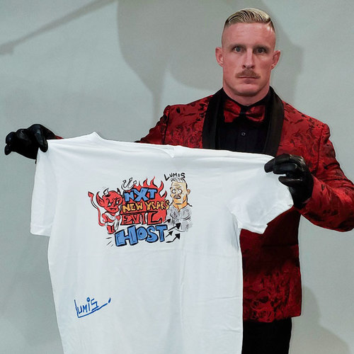 Photo of Dexter Lumis SIGNED New Year's Evil T-Shirt