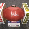 NFL - Titans Vince Young signed authentic football