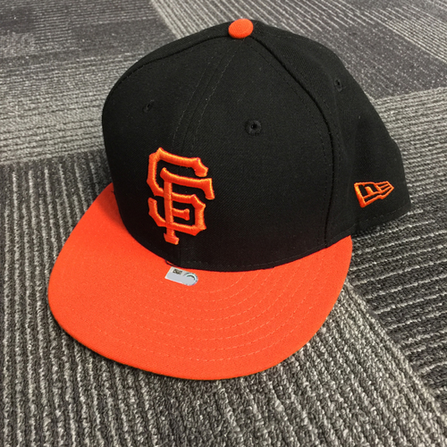 Photo of 2018 San Francisco Giants - Game Used Cap worn by #10 Evan Longoria on 9/28/18 vs. Los Angeles Dodgers - Size 7 3/8