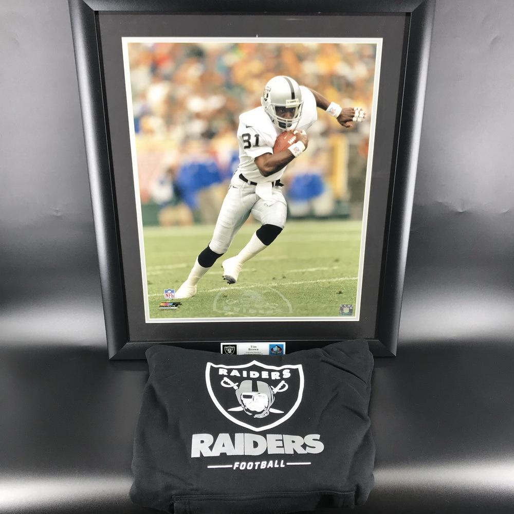 NFL - Raiders Bundle Tim Brown Framed Poster + OAKLAND RAIDERS SWEATSHIRT XL