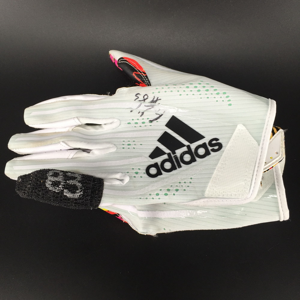 Crucial Catch - Falcons Russell Gage Signed and Game Used Gloves (October 14