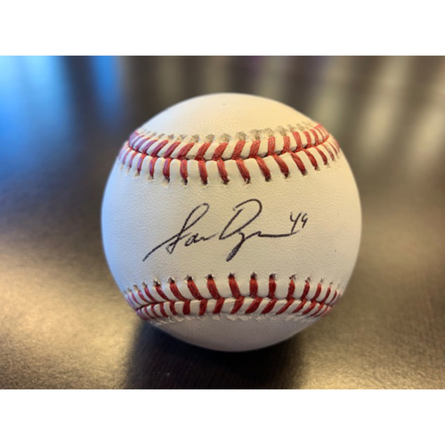 Photo of Giants Wives Auction: Sam Dyson Autographed Baseball
