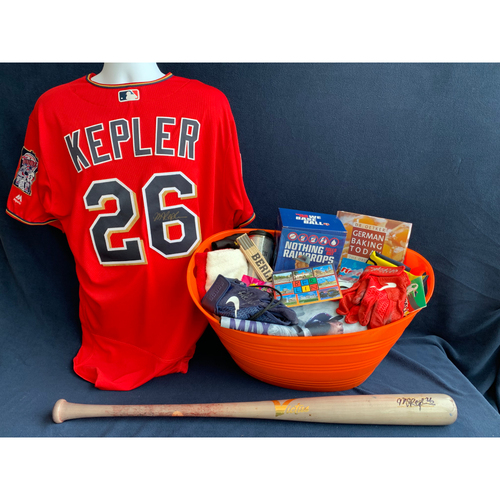 Photo of 2019 Twins Favorite Things Auction: Max Kepler Favorite Things Basket