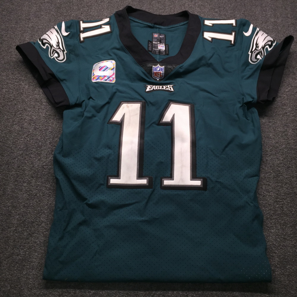 NFL Auction | Crucial Catch - Eagles Carson Wentz Game Used Jersey ...