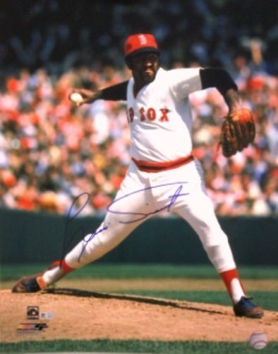 Photo of Luis Tiant Autographed Red Sox 16x20
