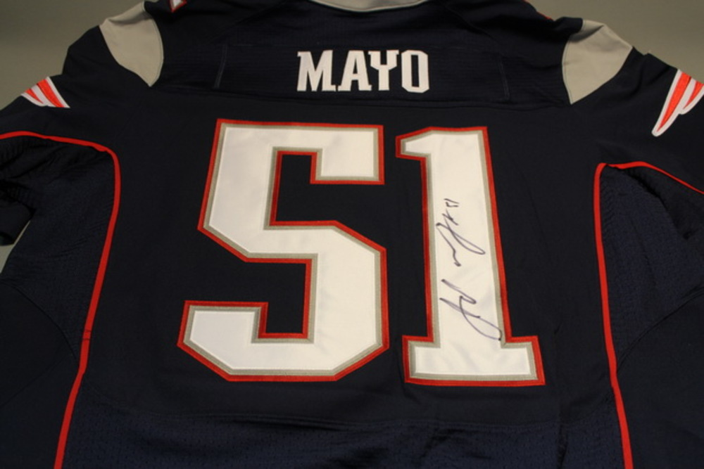 PATRIOTS - JEROD MAYO SIGNED AUTHENTIC PATRIOTS JERSEY - SIZE 48