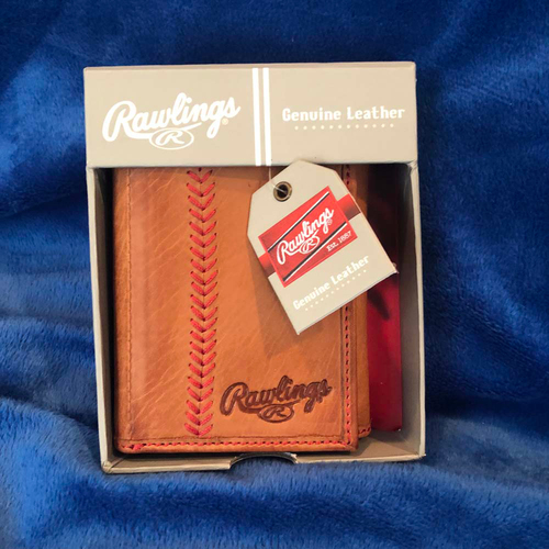 Photo of UMPS CARE AUCTION: Rawlings Leather Baseball Stitch Trifold Wallet