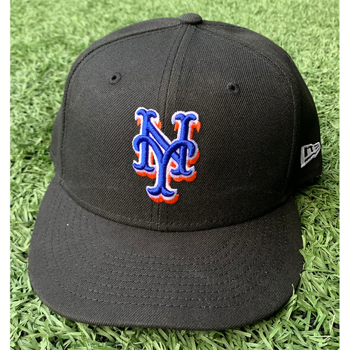 Photo of Tylor Megill #38 - Game Used Black Hat - Mets vs. Phillies - 9/17/21 - Also Worn 7/30/21