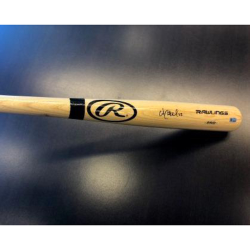Photo of Giants Community Fund: Andrew McCutchen Autographed Bat