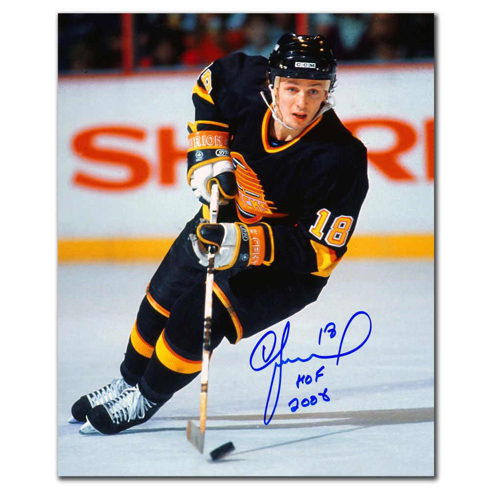 Igor Larionov Vancouver Canucks HOF Autographed 8x10