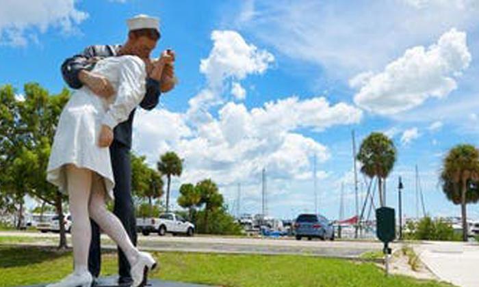 Discover Sarasota Tours 2 Tickets for Public Art Tour