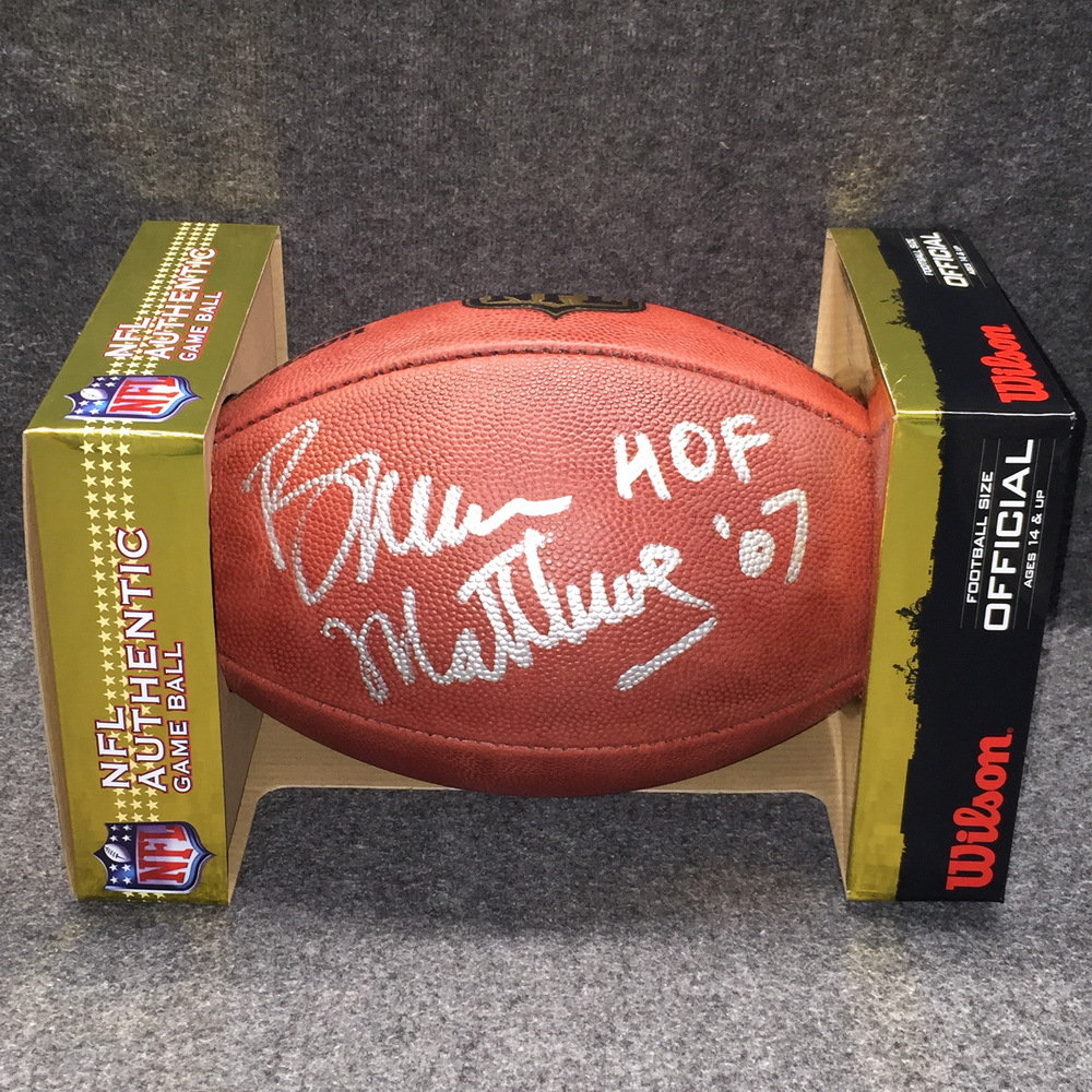 HOF - OILERS BRUCE MATTHEWS SIGNED AUTHENTIC FOOTBALL