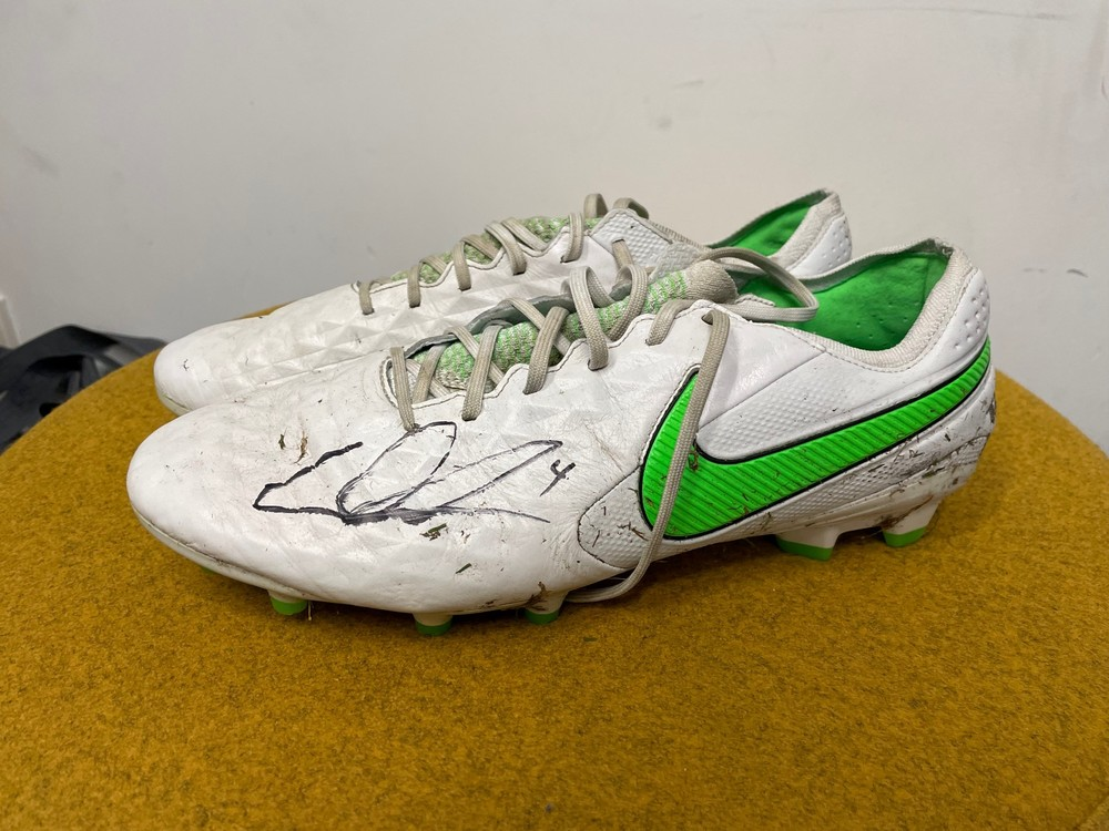 Dustin Martin Signed Boots