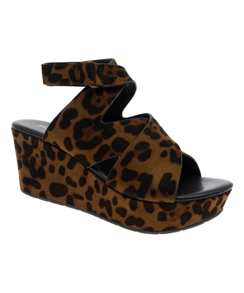 Photo of Pierre Dumas Leopard Sandal