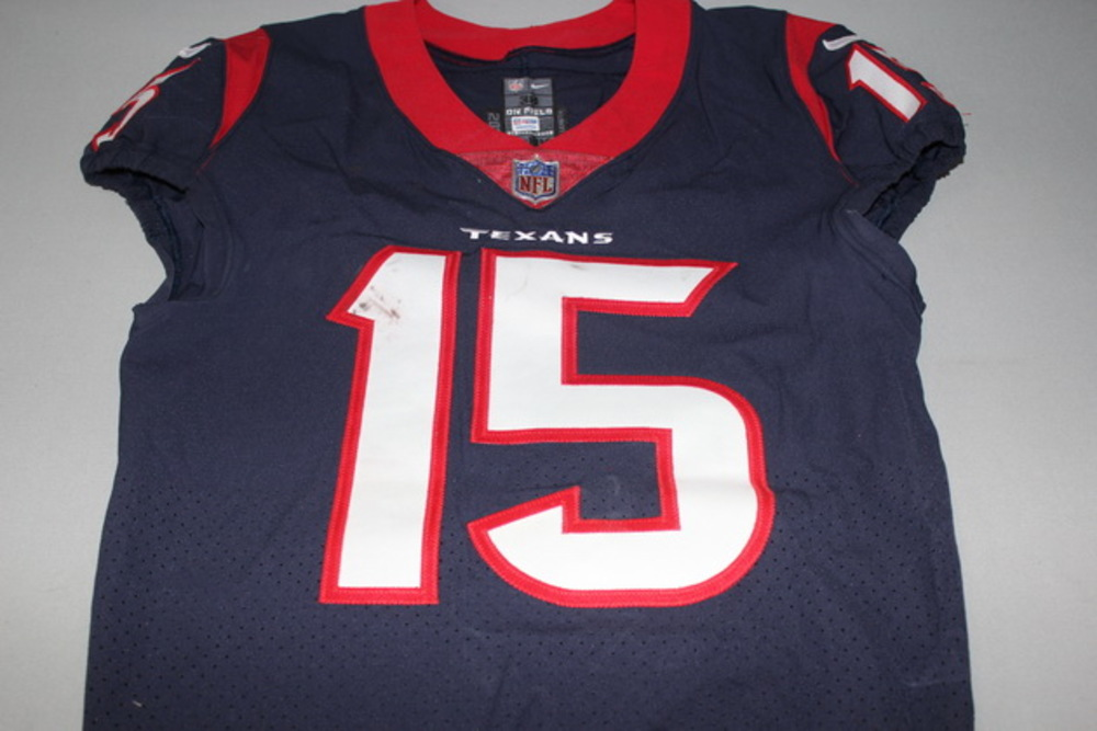NFL Auction | CRUCIAL CATCH - TEXANS WILL FULLER GAME WORN AND ...