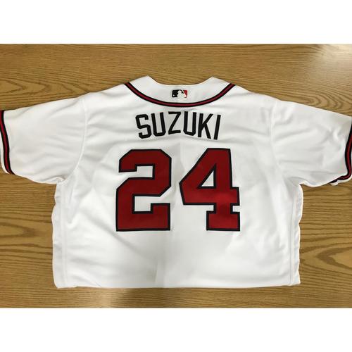 Photo of Kurt Suzuki Game-Used 2018 Opening Day Jersey - Braves Walk-Off Win