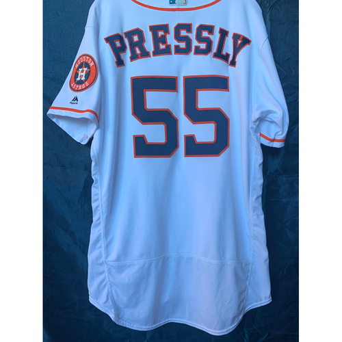 Photo of 2019 Ryan Pressly Game-Used White Los Astros Home Jersey - Size 46