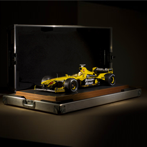 Photo of Jordan 199 1:8 Scale Model F1 Car
